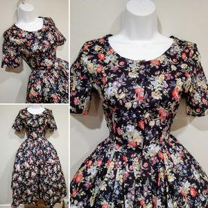 Vtg Laura Ashley floral cotton 50 style dress sz4